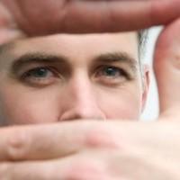 Cueing: To Associate or Dissociate?